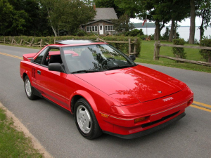 Toyota MR2 wins out over Mazda MX-5